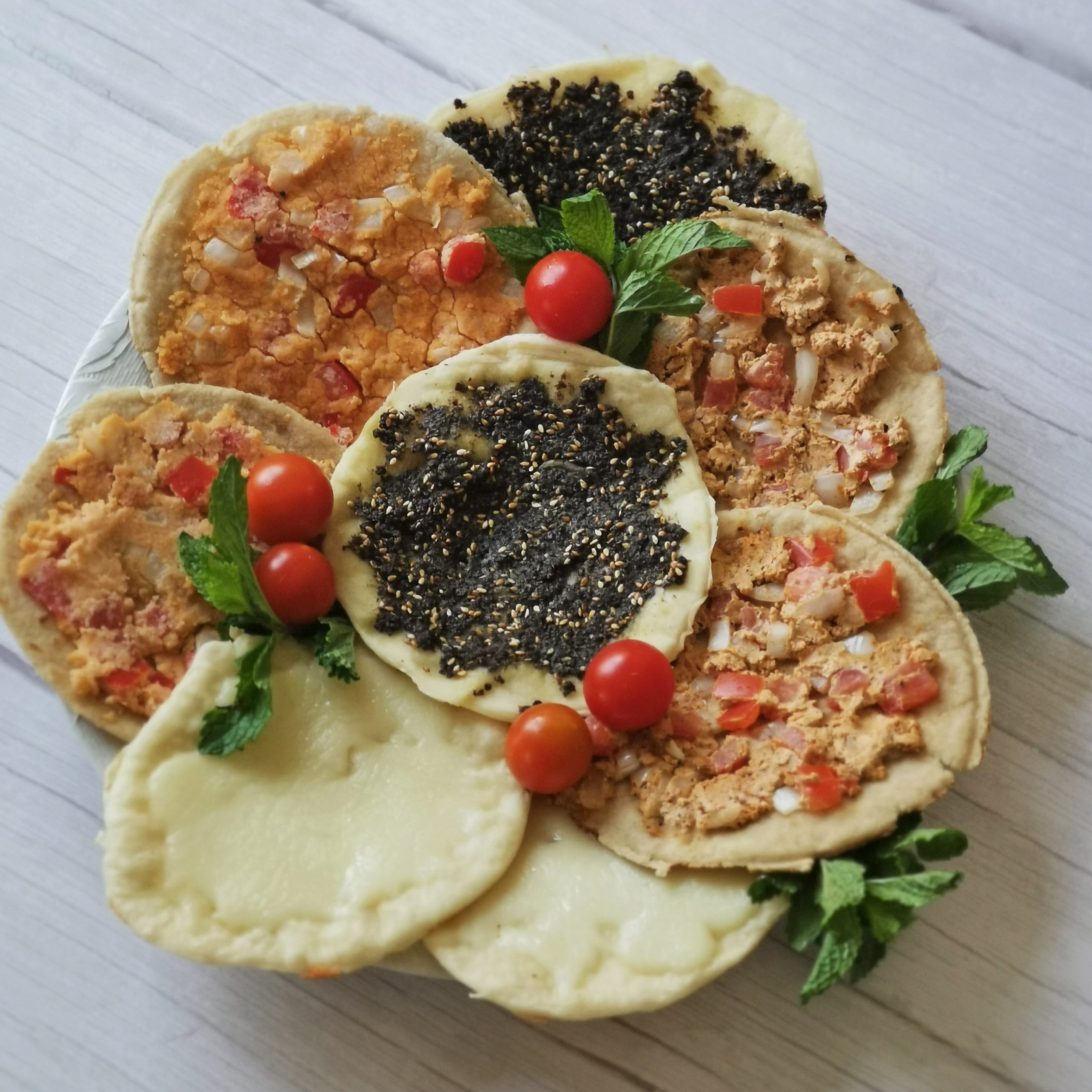 A mix of Lebanese manakish