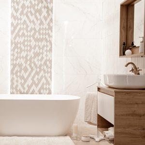 Cozy bathroom with faux wall